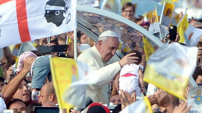 papa francesco in sardegna