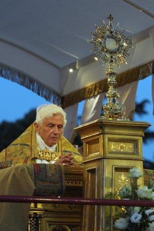 Benedetto XVI_Corpus Domini