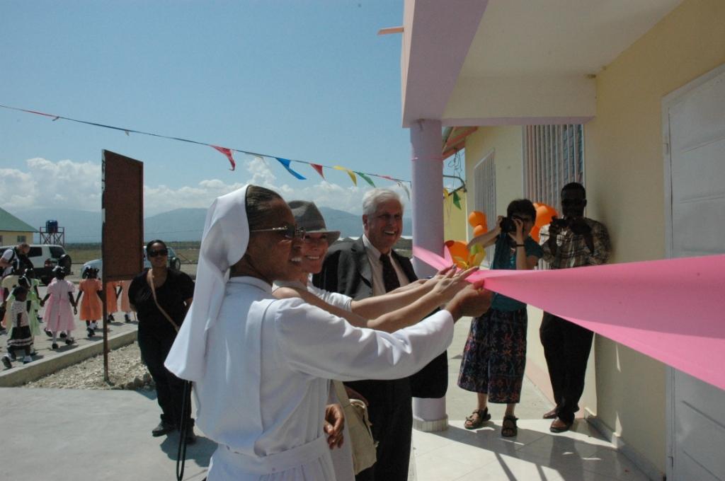 inaugurazione haiti scuola caritas sardegna